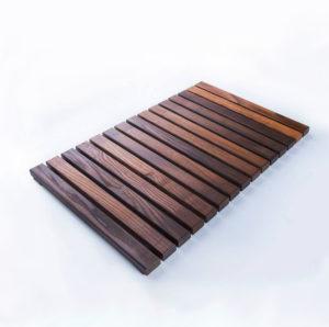 Деревянный коврик для ванной заказать